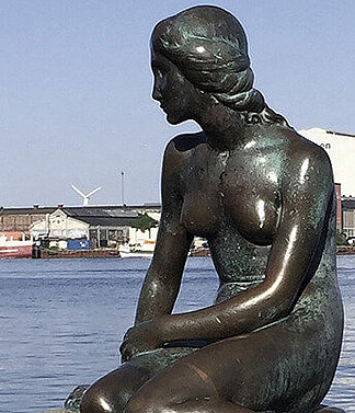 Famous Landmark: The Little Mermaid